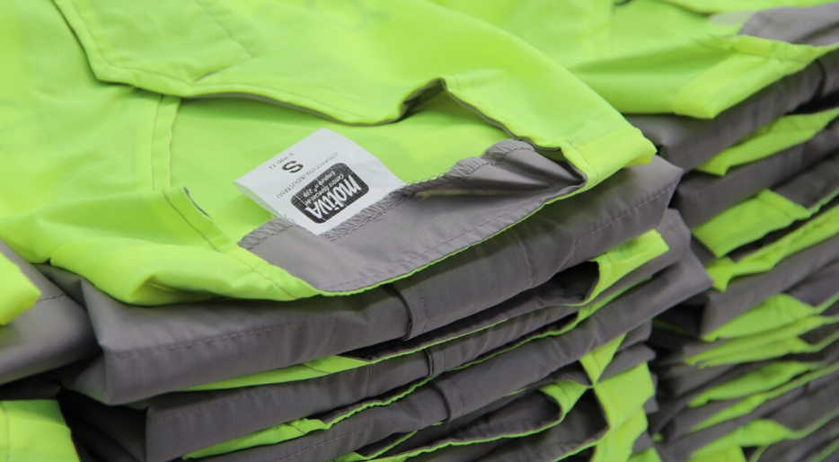 Ropa de trabajo. Las ventajas de implantar uniformes laborales en tu empresa