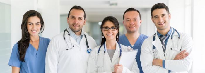 personalizar los uniformes de tu clínica